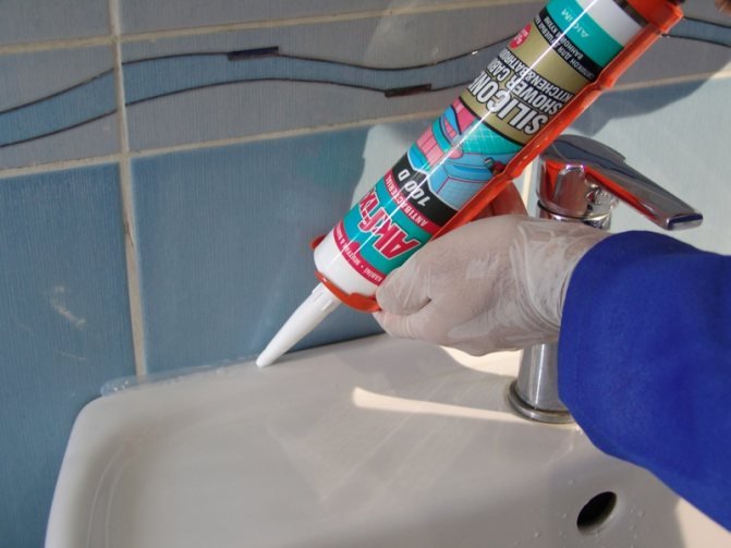 Как удалить силиконовый герметик с ванной - эффективные способы