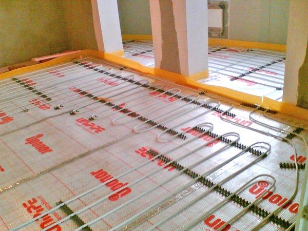 Какой электрический теплый пол лучше под плитку – как выбрать, плюсы и минусы и топ производителей