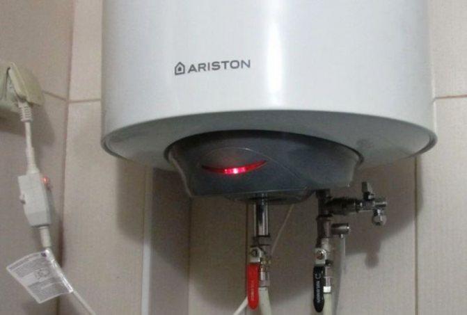 Нужно ли сливать воду из водонагревателя и как это сделать?