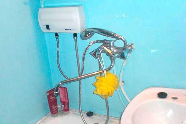 Установка проточного электрического водонагревателя своими руками