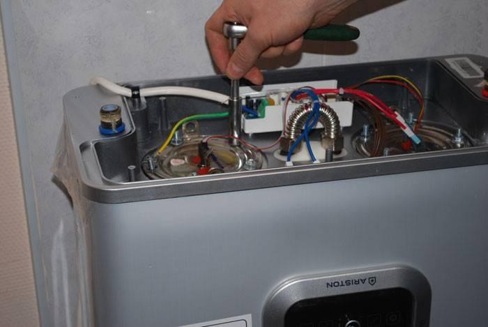 Ремонт водонагревателя аристон своими руками: поломки и их устранения