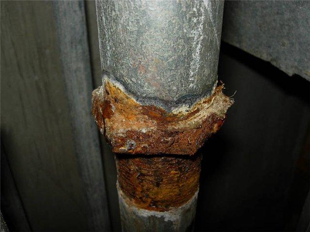Как заделать свищ в трубе отопления? - отопление и водоснабжение дома и квартиры своими руками