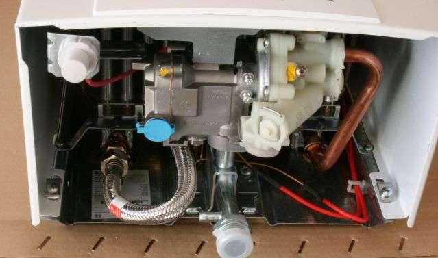 Как включить газовую колонку? как правильно зажечь конструкцию старого образца, если потух фитиль