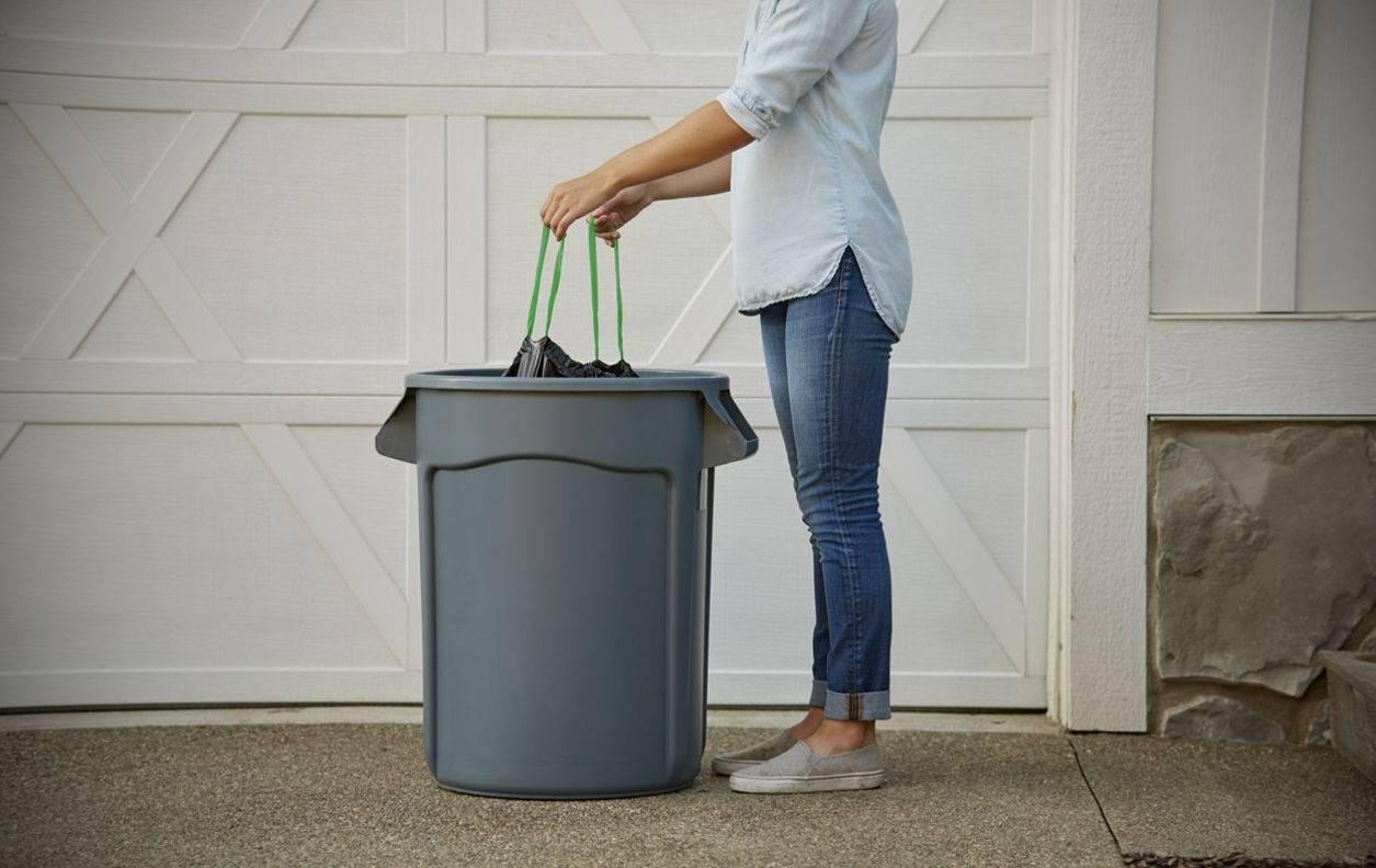 Приметы о мусоре и правила его выбрасывания