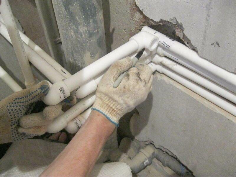 Замена труб отопления в квартире: недостатки, характеристики, монтаж