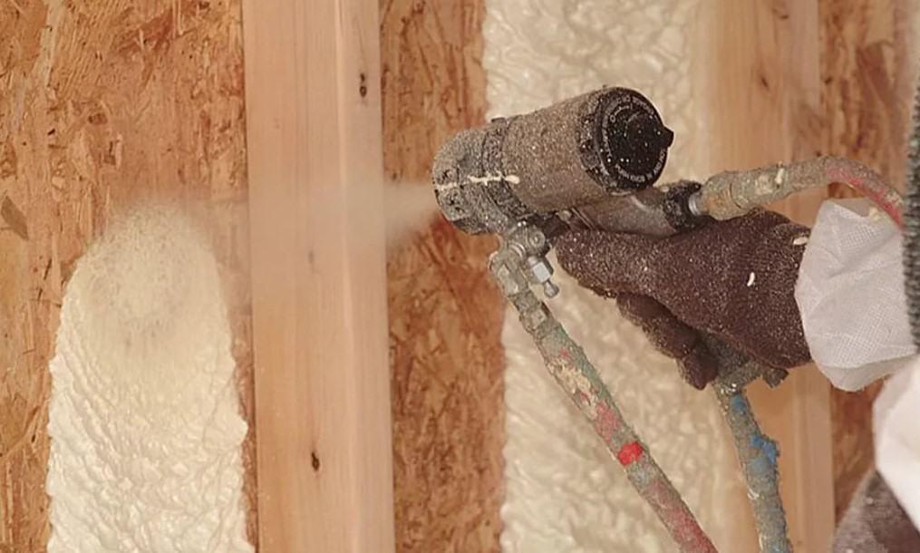 Жидкий утеплитель для стен - два лучших материала + инструкции по нанесению