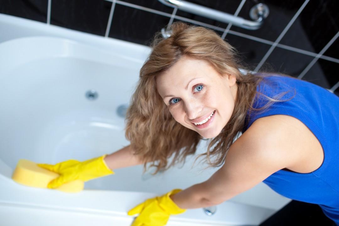 Эмаль, наливная или вкладыш: способы реставрации ванны и личный опыт