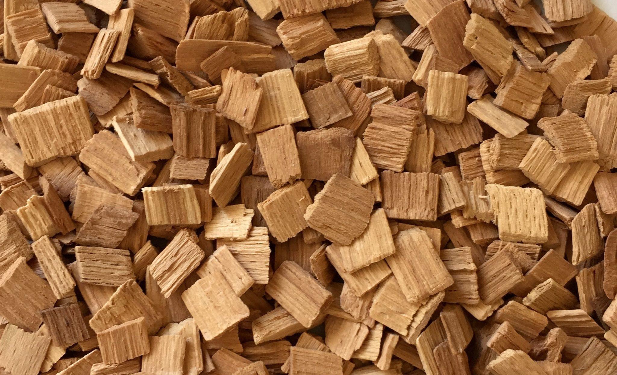 Коптим сало правильно: выбор древесины
