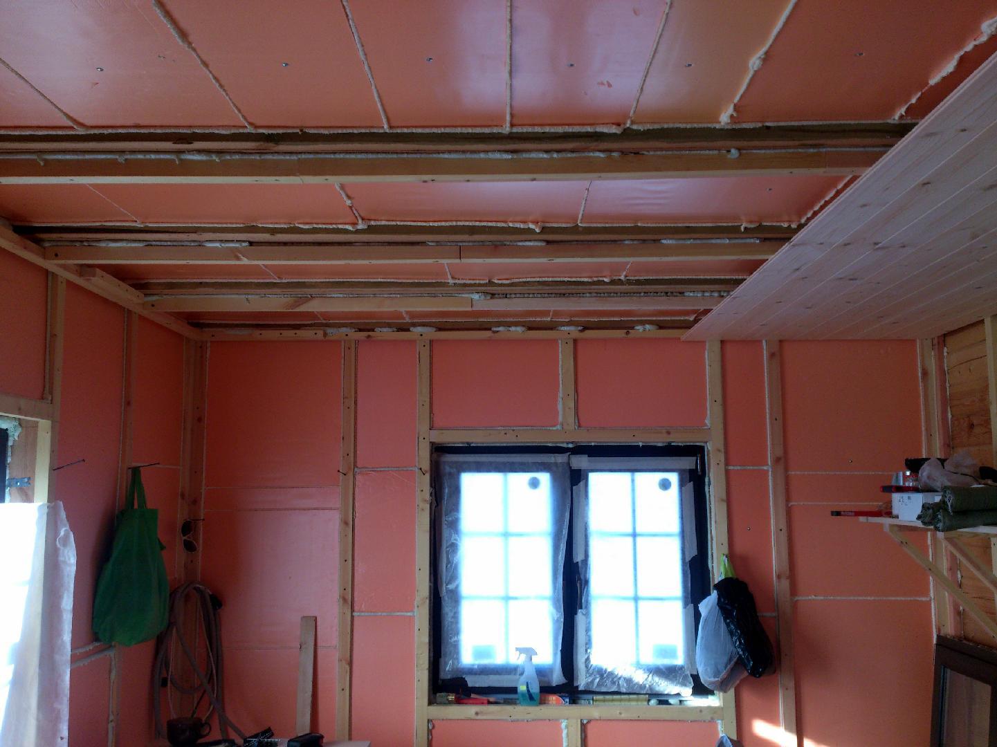 Утепление потолка пеноплексом