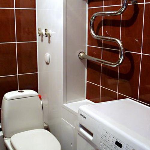 Как спрятать канализационные трубы в ванной, чем закрыть