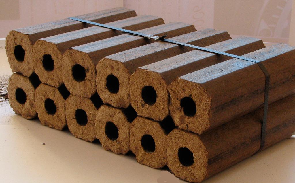Как сделать топливные брикеты своими руками, простая инструкция