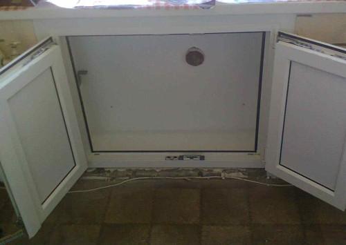 Реконструкция холодильника под окном