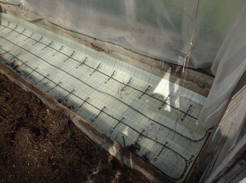 Утепление теплицы для выращивания урожая в холодное время