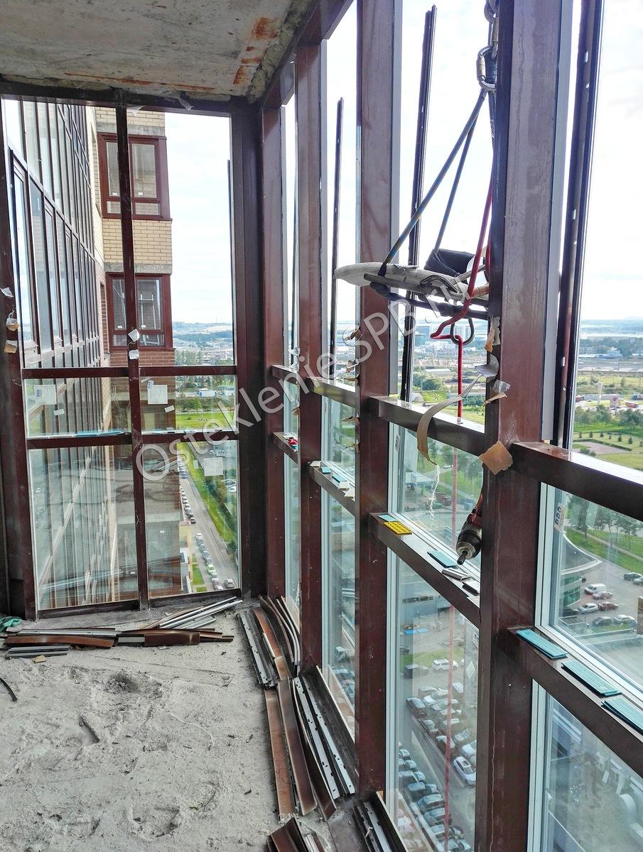 К чему быть готовым, устраивая панорамное остекление балкона и лоджии