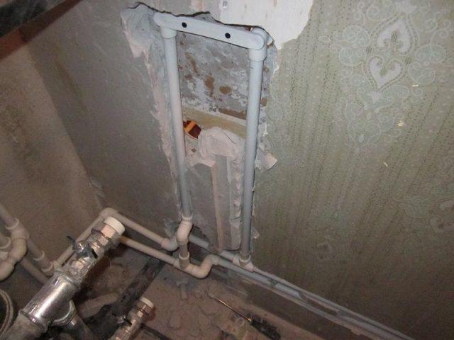 Как спрятать трубы в ванной?   советы специалистов