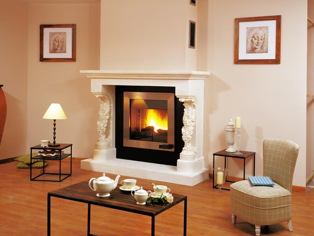 Камин в квартире: выбор, виды, размещение - 129 фото интерьеров