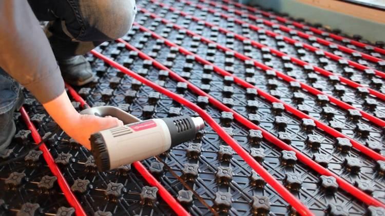 Особенности изготовления, состав труб из сшитого полиэтилена для устройства теплого пола