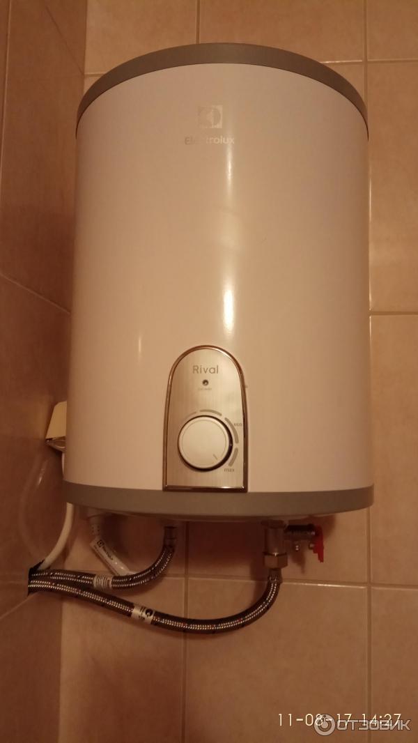 Маленькие накопительные водонагреватели 10 литров под раковину на кухню и описание характеристик устройств