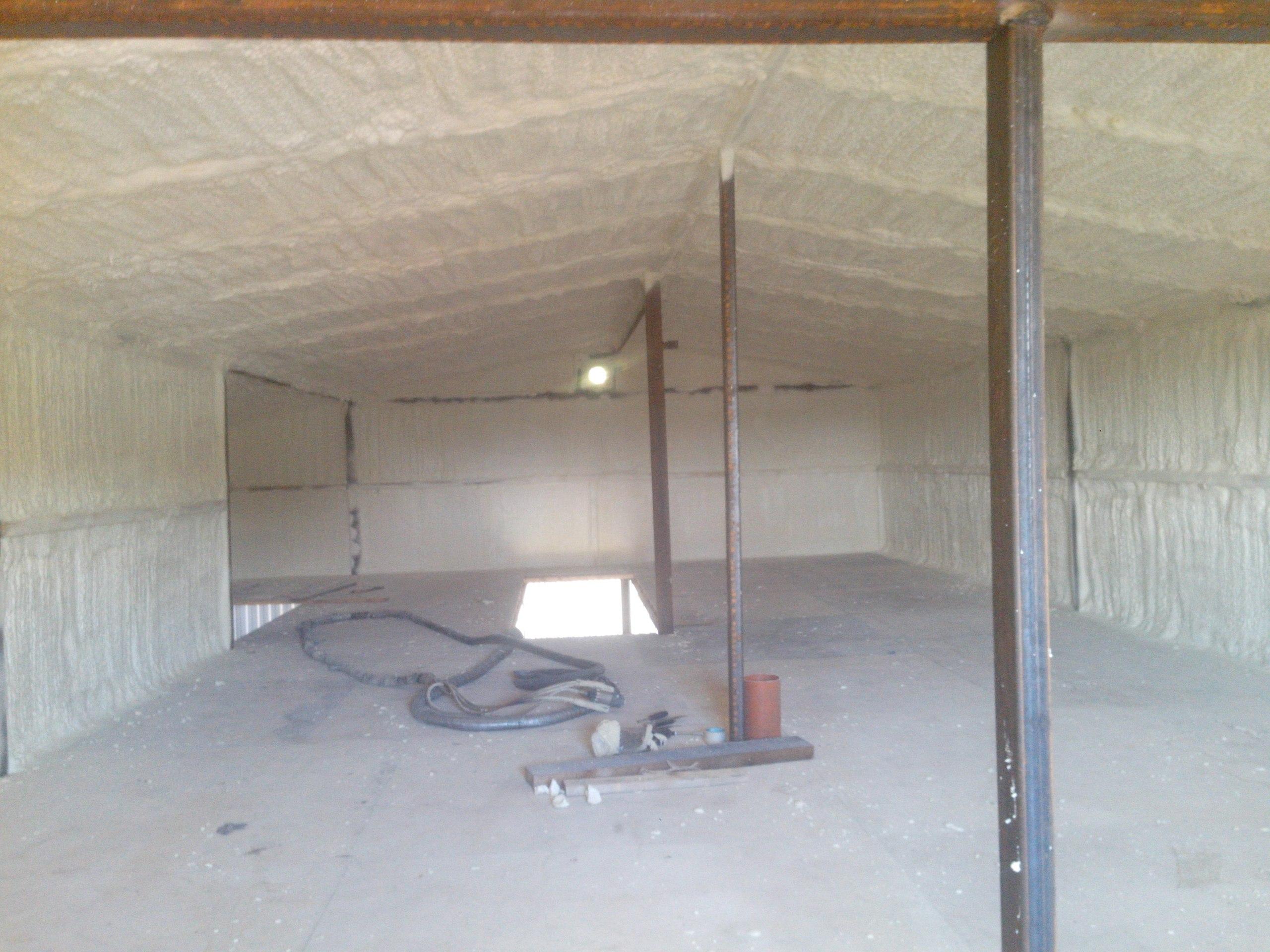 Как утеплить гараж изнутри дёшево