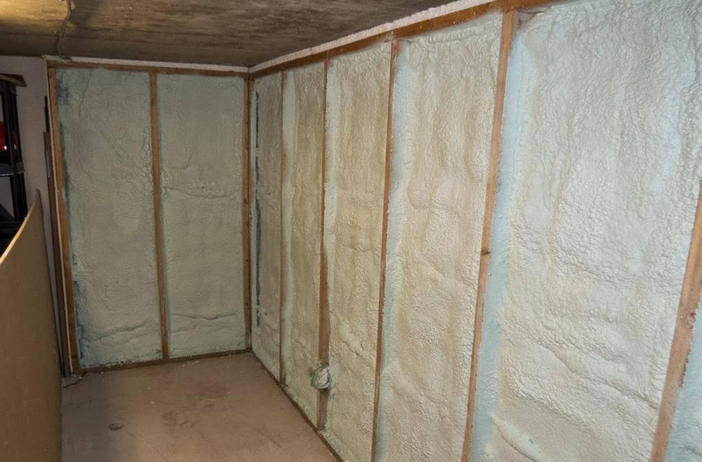 Как дешево утеплить гараж изнутри самостоятельно