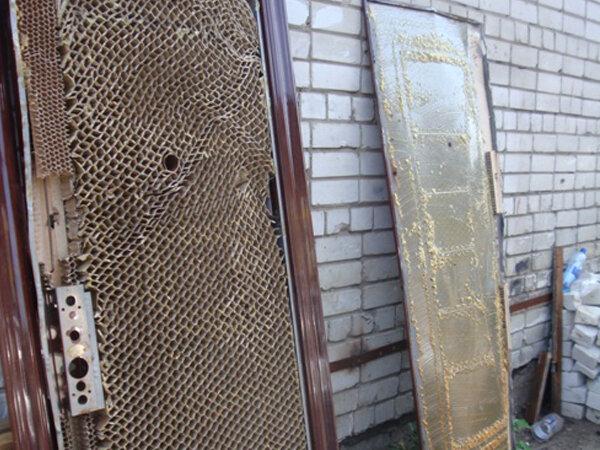 Как утеплить входную металлическую дверь своими руками снаружи и изнутри