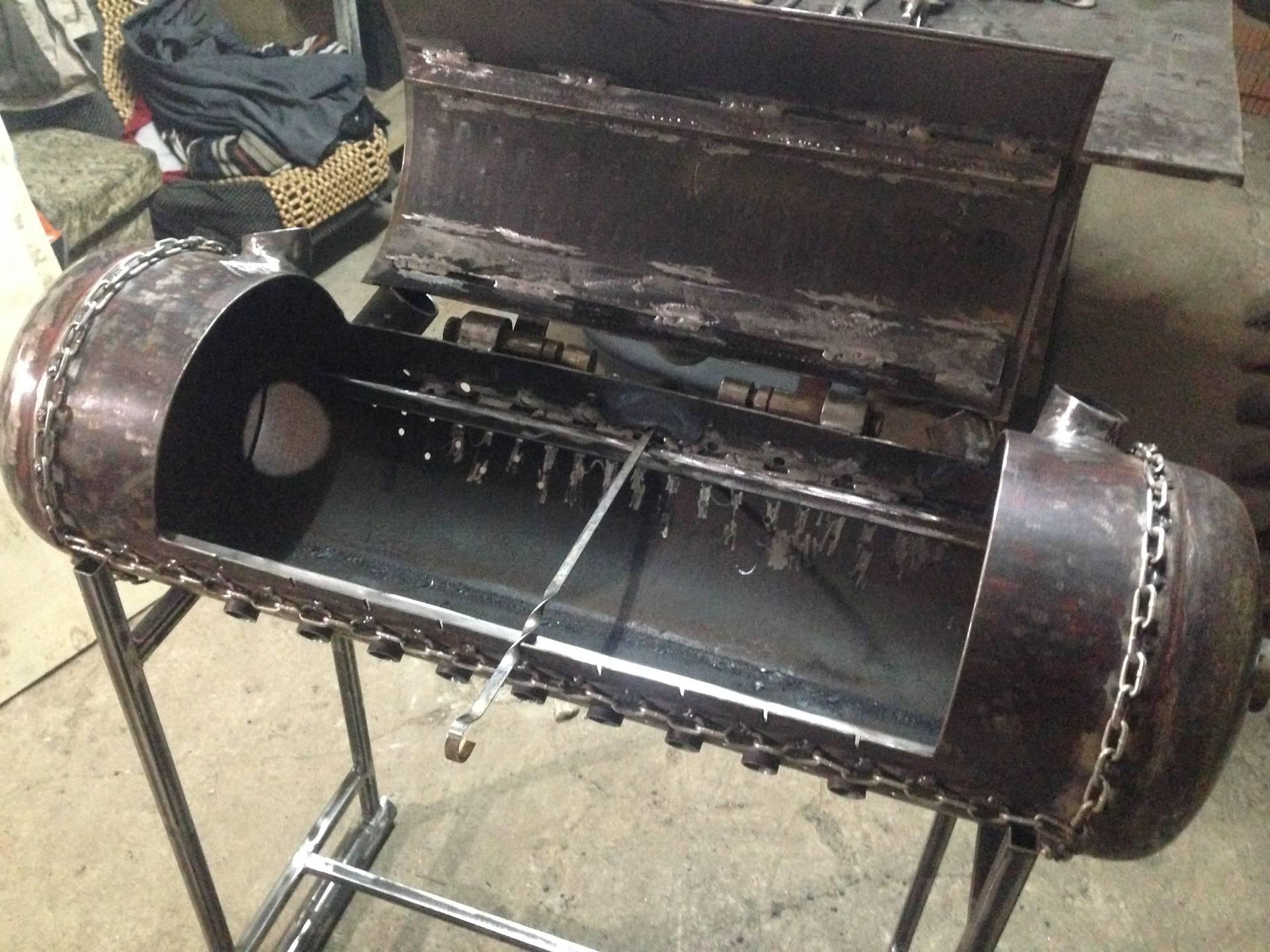 Как сделать мангал из газового баллона?