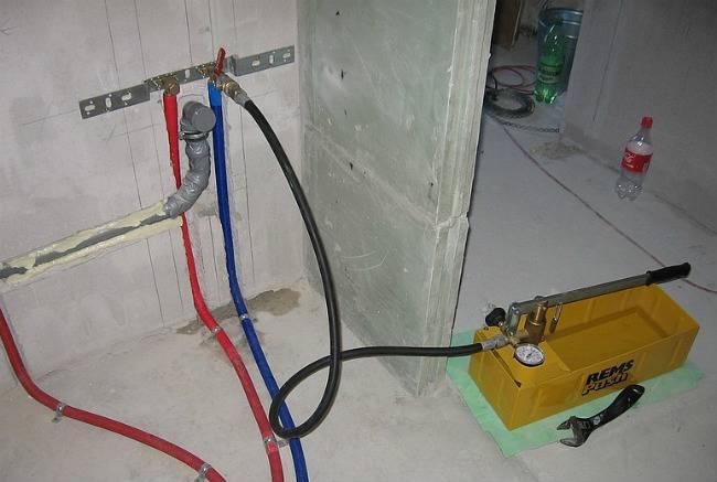 Опрессовка системы отопления: проведение гидроиспытаний, назначение и нормативы