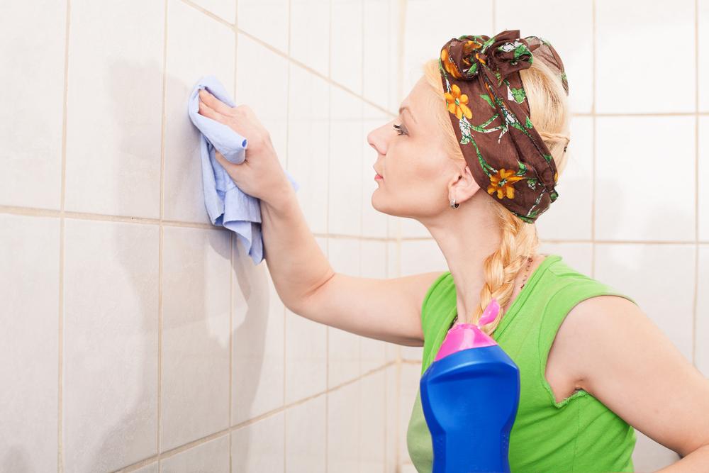 Чем отмыть плитку в ванной от известкового налета в домашних условиях, чтобы не повредить швы