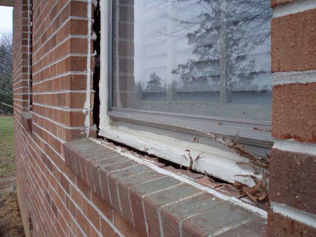 Как утеплить пластиковые окна если продувает своими руками