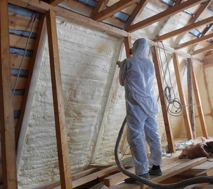 Утепление мансарды изнутри, если крыша уже покрыта: варианты
