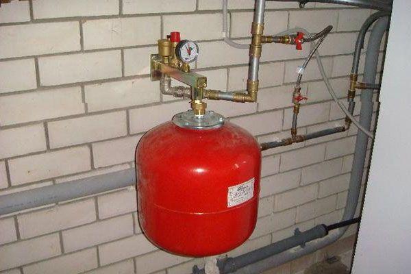 Выбор и установка расширительного бака для водоснабжения