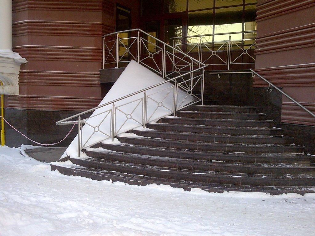 Обогрев ступеней крыльца в зимний период: современные способы термического нагрева