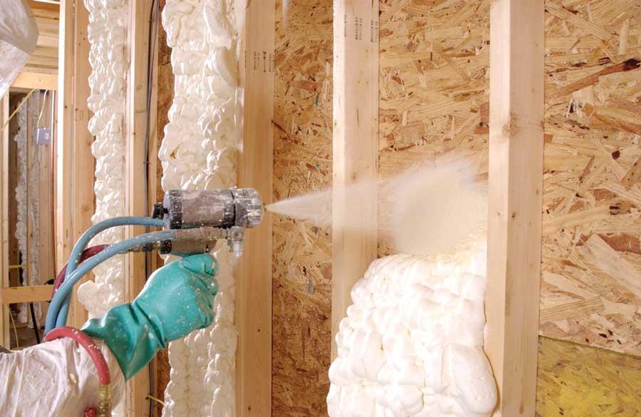 Особенности утепления дома жидким пенопластом: отзывы тех, кто утеплял дом пеноизолом, особенности применения