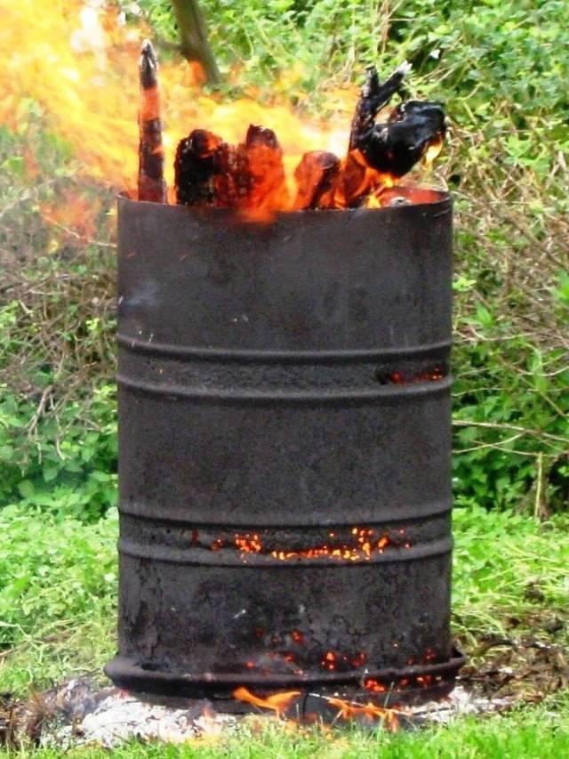 Бочка для сжигания мусора: как сделать мусоросжигатель своими руками, как приспособить железную печку на даче