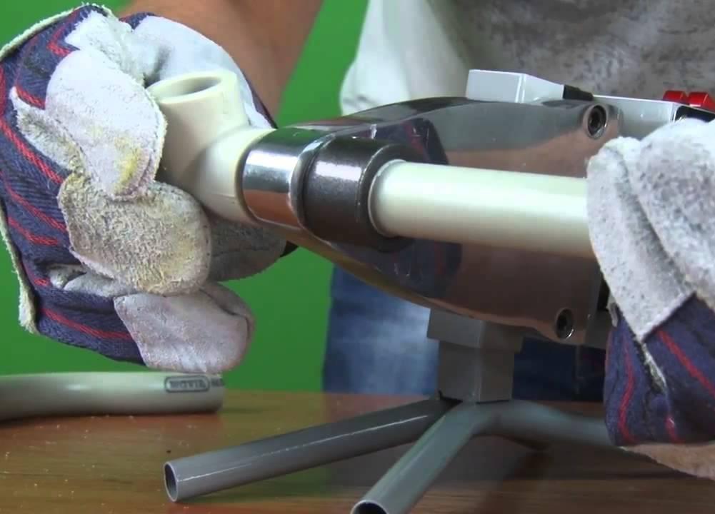 Пайка пластиковых труб своими руками как правильно паять пвх трубы, устройство пластмассовых труб, инструкция