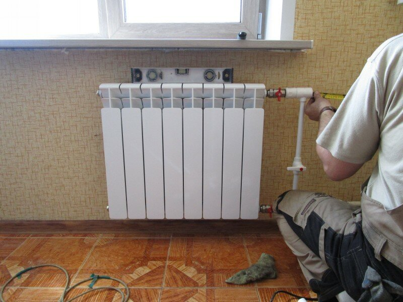 Замена батарей: что нужно знать для того чтобы провести замену батарей отопления в квартире