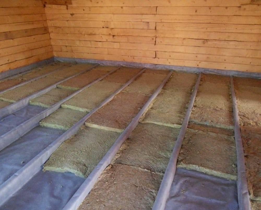Утеплитель для пола в деревянном доме, какой лучше выбрать и как смонтировать