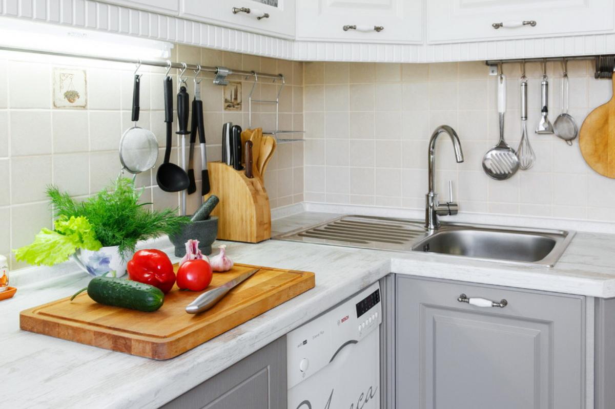 Как правильно выбрать столешницу на кухню?