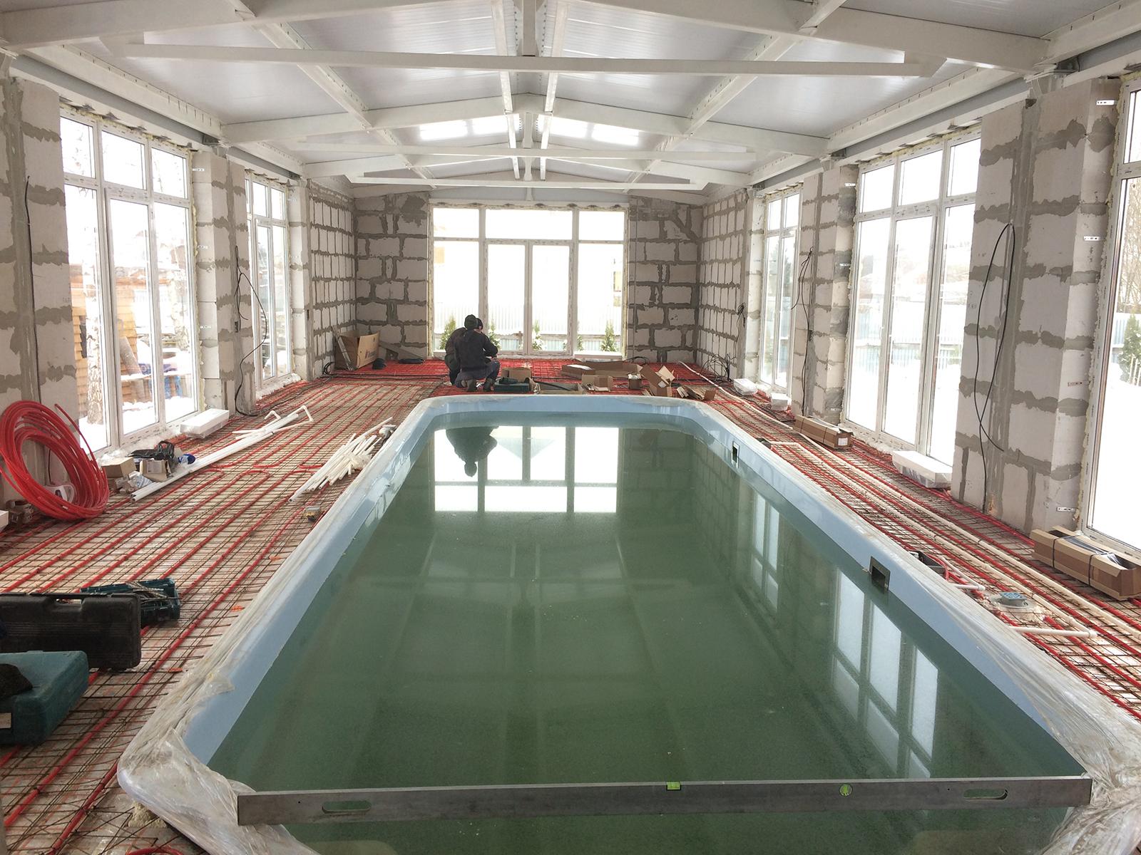 Утепление бассейна: какой материал выбрать?