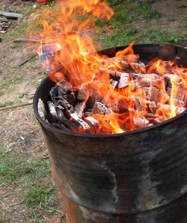 Как сделать активированный уголь в домашних условиях: выбор сырья, методы и процесс изготовления своими руками