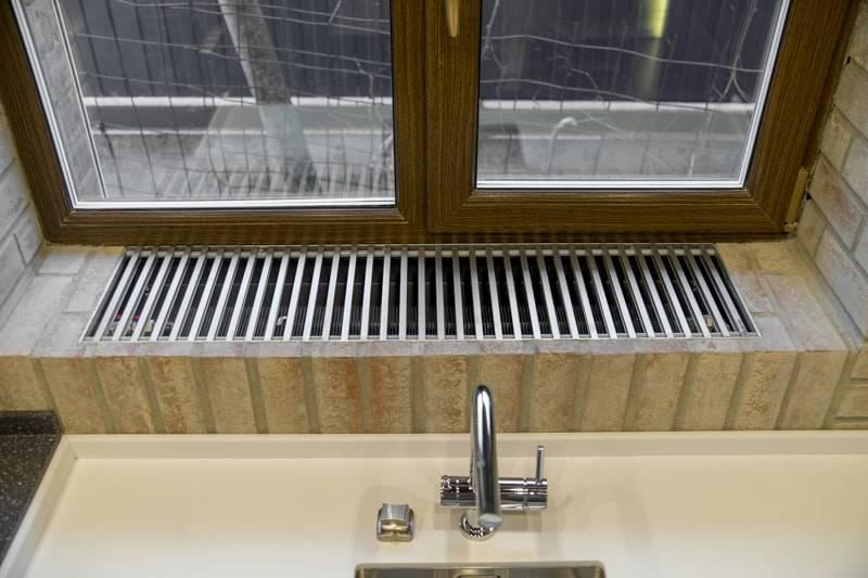 Преимущества водяного конвектора перед другими приборами в системе отопления