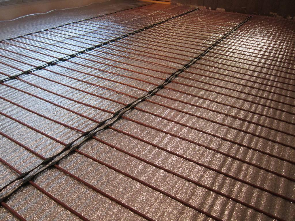 Стержневой инфракрасный теплый пол: производители и выбор