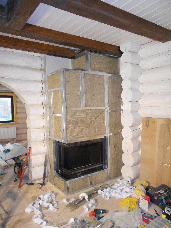 Установка камина в деревянном доме