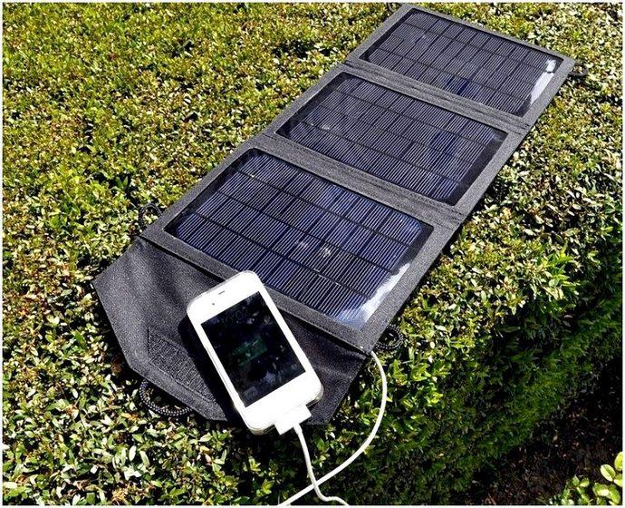 Зарядка для телефона на солнечных батареях