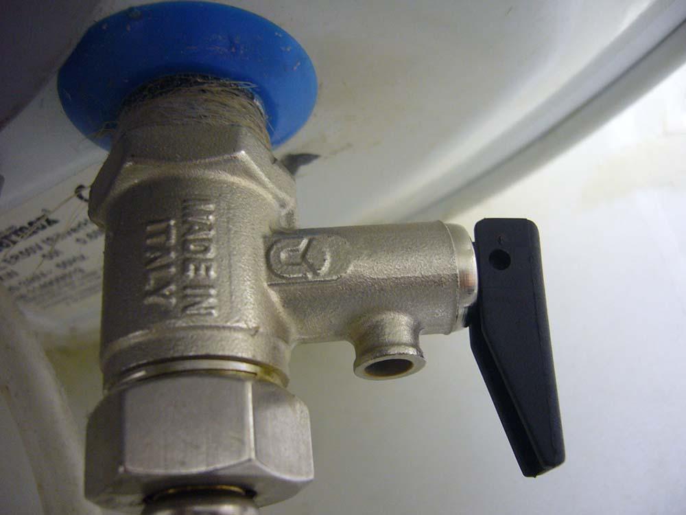 Выбор и установка предохранительного клапана для бойлера
