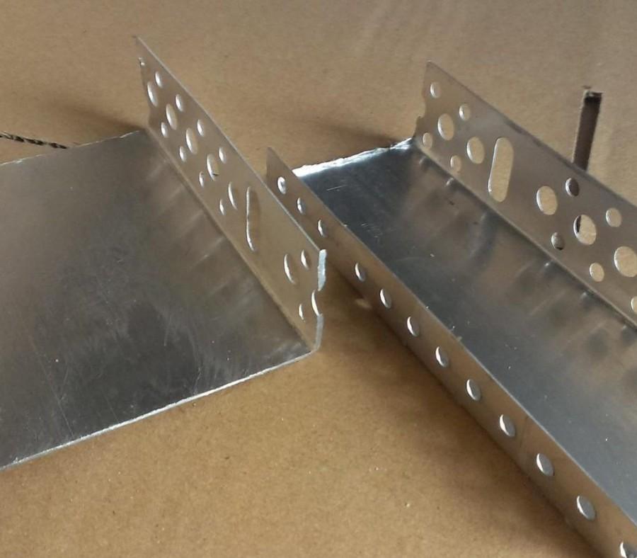 Цокольный профиль для утеплителя: установка стартового алюминиевого профиля и использование компенсатора, размер 150 мм, мокрый фасад