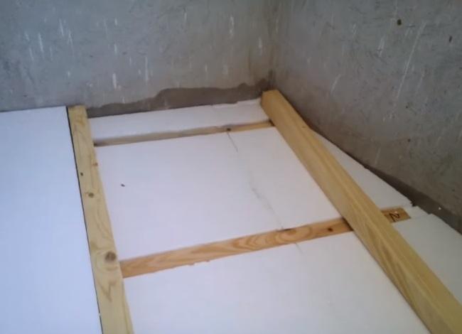Утепление бетонного пола пенопластом. как правильно утеплить бетонный пол в квартире?