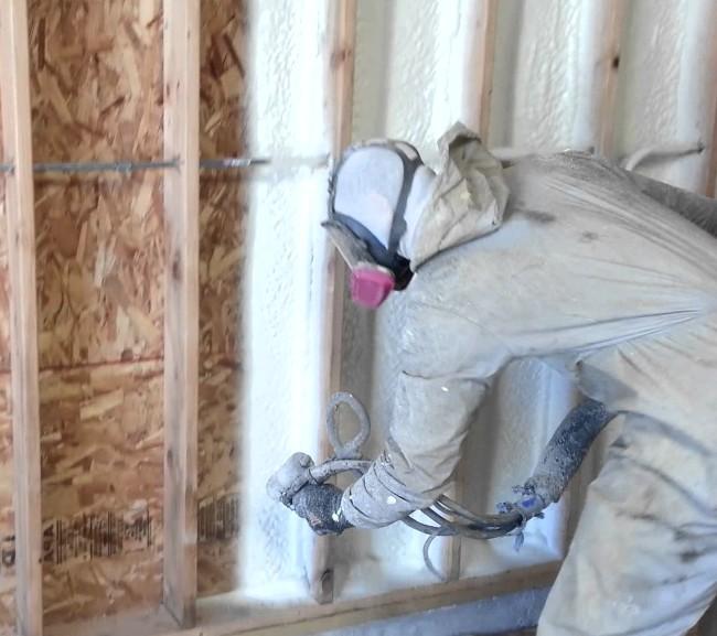 Монтажная жидкая пена для утепления стен - отзывы
