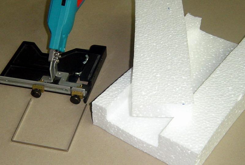 Выбор инструмента для резки пенопласта и изготовление прибора в домашних условиях