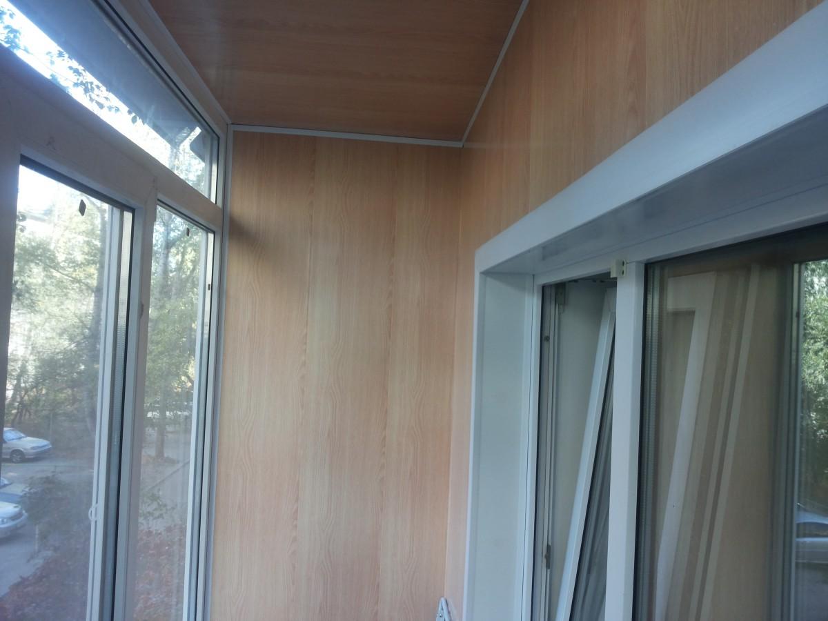 Панели для балкона: какие выбрать для внутренней отделки стен
